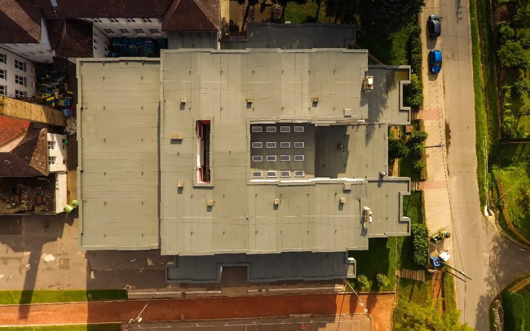 Szükséges e lapos tetős épületemet szigetelni?